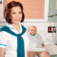 Mature Asian nurse Kim Anh cures patient with nice handjob and blowjob