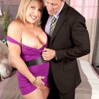 Blonde over 60 mom Luna Azul flashing red panties under short dress