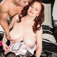 Redheaded over 60 pornstar Katherine Merlot flashing tits to seduce sex