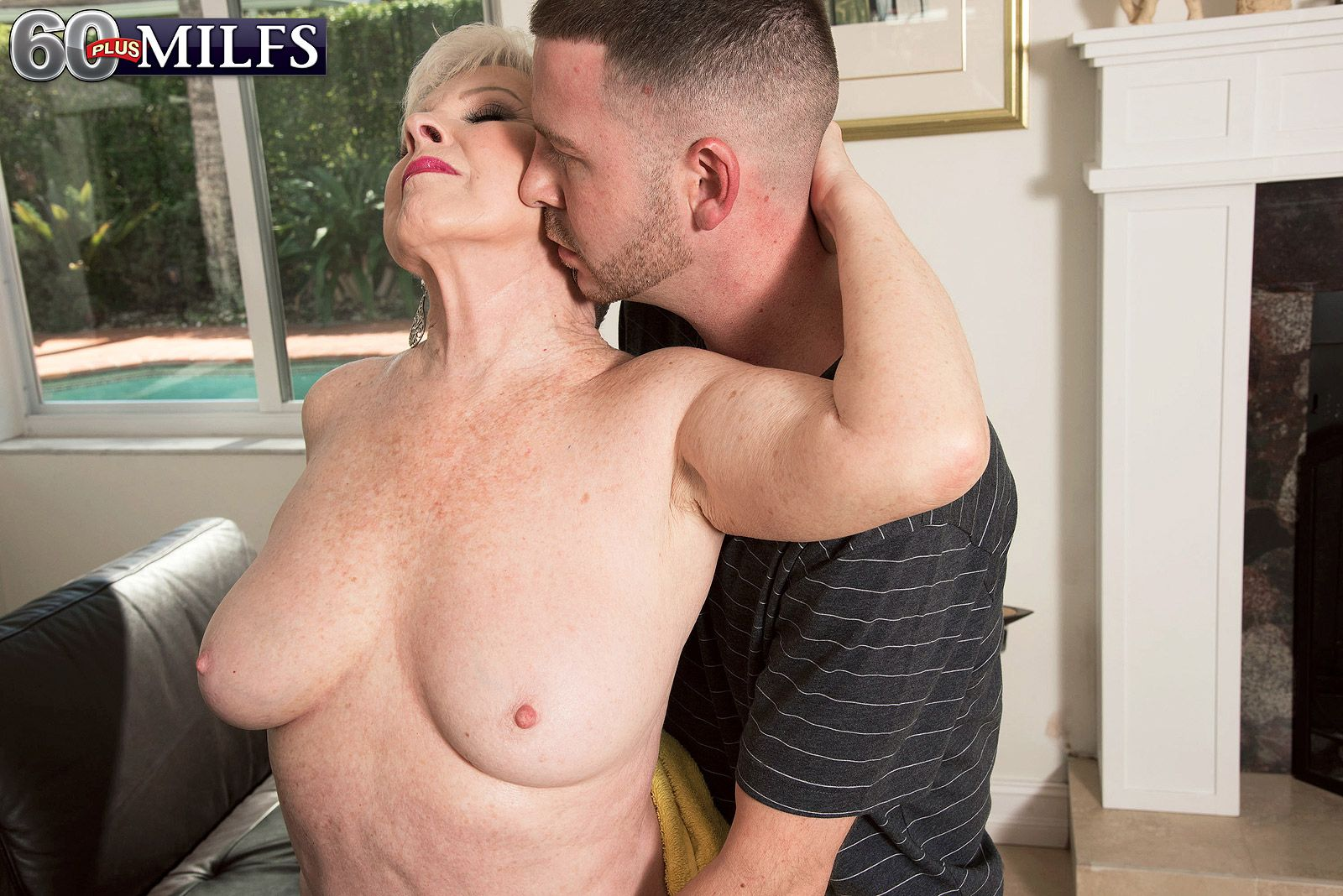 Horny over 60 pornstar Jewel taking doggystyle fucking outside by pool