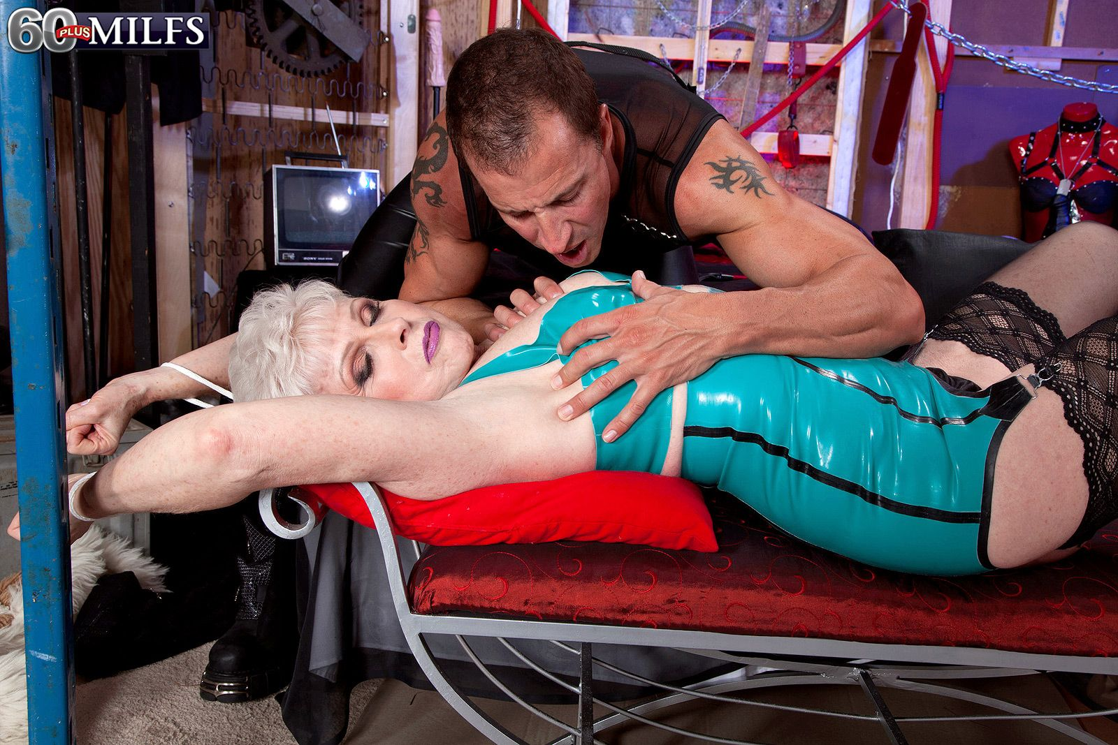 Hot over 60 women indulges in BDSM games wearing latex attire and stockings