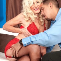 Bony platinum-blonde grannie Summeran Winters having massive all natural knockers liberated from boulder-holder