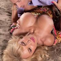 Experienced platinum-blonde stunner Cara Reid baring super-cute melons for slurping of XXX vid star hard nips