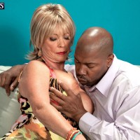 Golden-haired grannie Lexi McCain baring huge boobs before delivering BBC blow job
