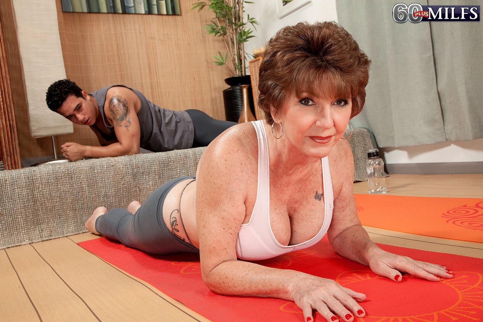 Huge-boobed 60 plus MILF Bea Cummins unleashing giant boobs in spandex pants and thong panties