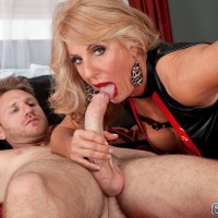 Long-legged yellow-haired grannie Phoenix Skye giving immense knob handjob and oral job in high-heels