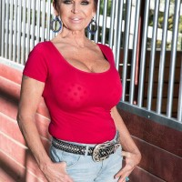 Over 60 broad Gina Milanos tempts a young stud with her humungous funbags in denim cut-offs