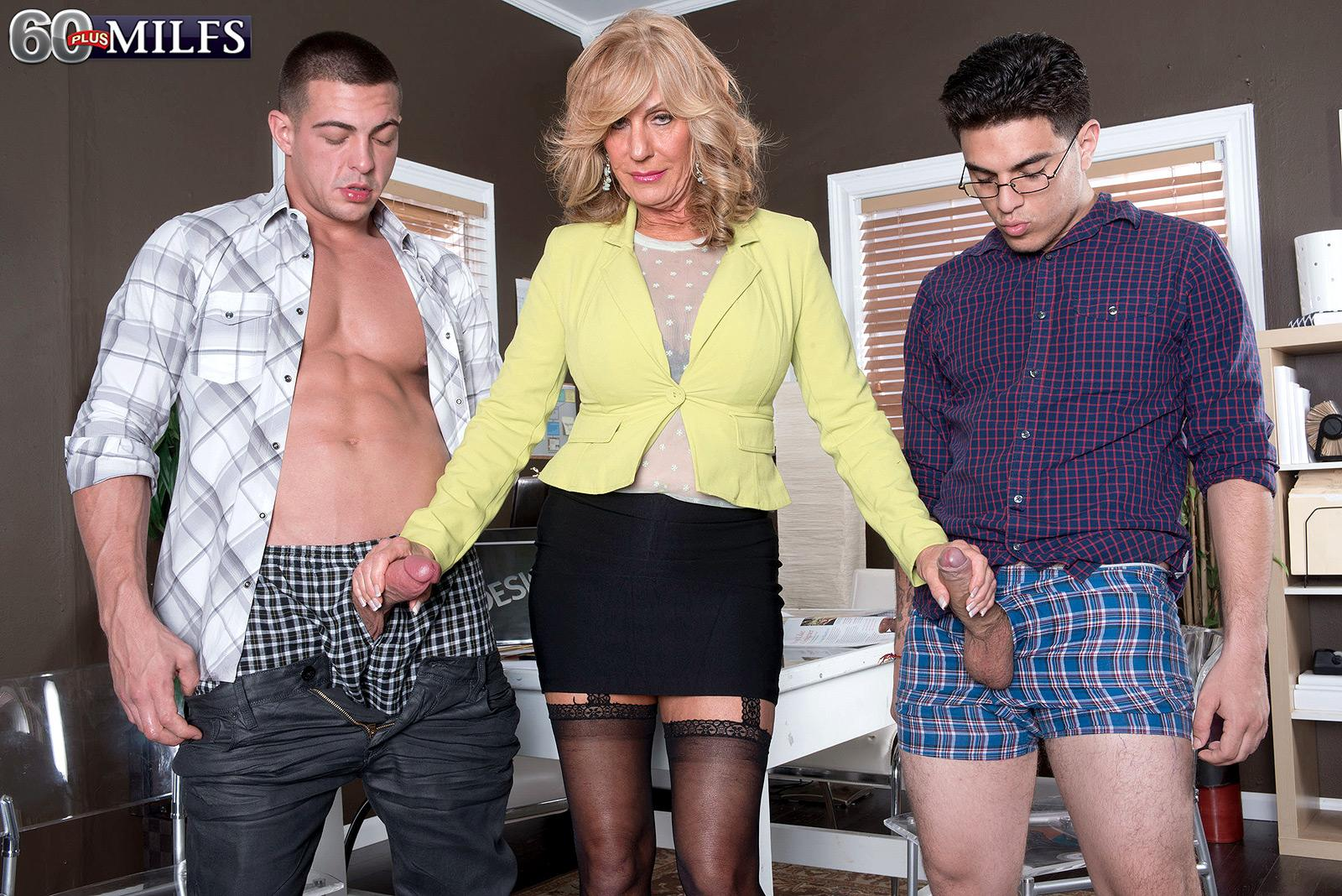 Over 60 light-haired MILF Phoenix Skye fellating gigantic rods in MMF three-way