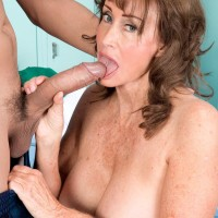 Over 60 MILF Jacqueline Jolie showing off caboose in cut-offs while freeing enormous experienced boobs