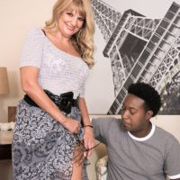 Mind-blowing grandma Mia Magnusson gets screwed doggie-style after seducing an ebony stud