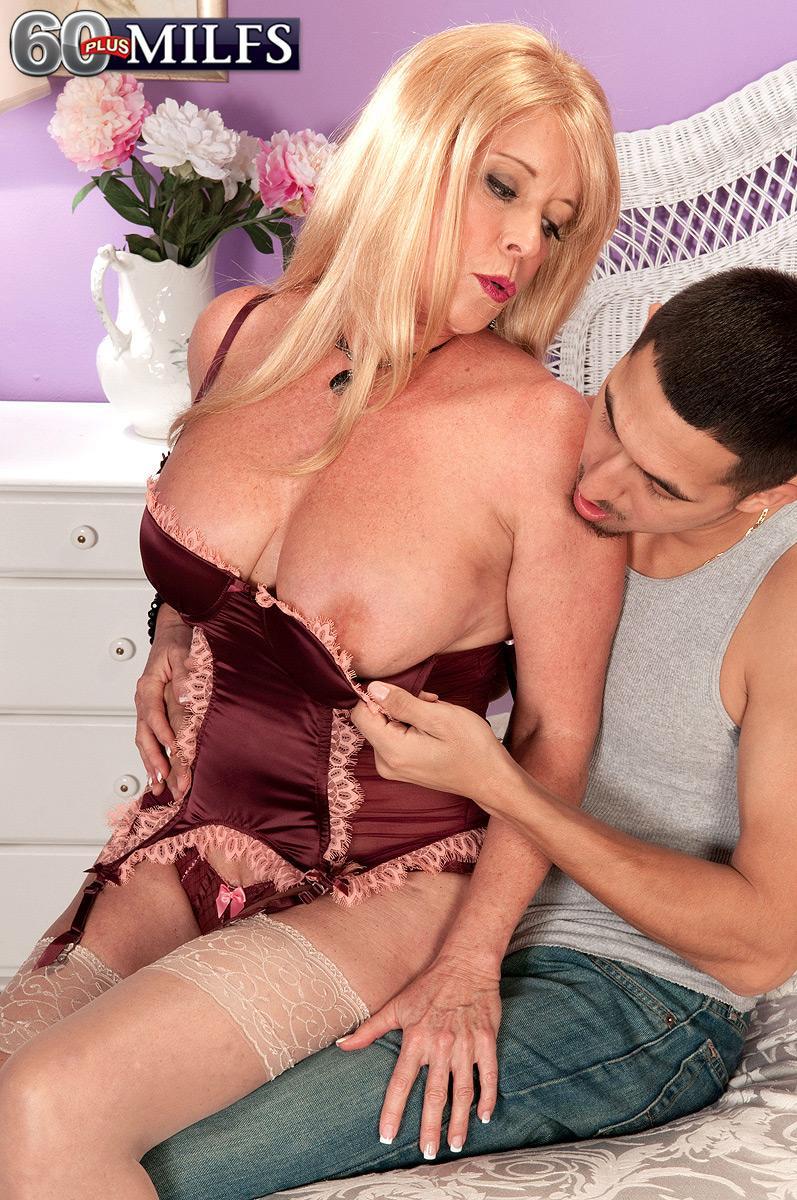 Free huge anal cock